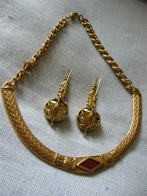 Mma Brass Celtic Necklace & Earrings For Sale Antiques