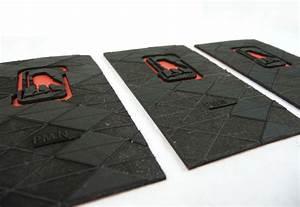 Unique business cards v communications cardrabbitcom for Game designer business cards
