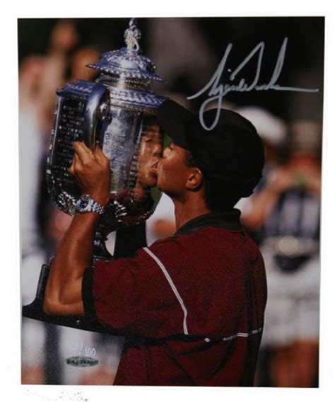 Lot Detail - Tiger Woods Signed Upper Deck Authenticated 8 ...