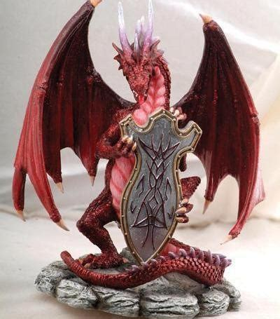 Dragon Statues and Figurines