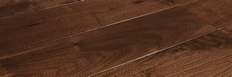 tile flooring ventura hallmark hardwoods heirloom collection walnut cordial distressed hc5crdw1
