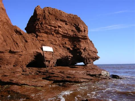 Panoramio - Photo of rock formation ,Cabot Beach
