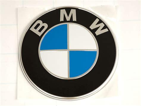 Bmw F30 Sedan Bumper Cover Emblem (roundel) Front New