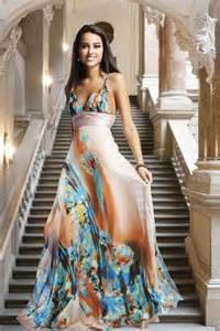 printed bridesmaid dresses bg haute floral print prom dress1 wedding inspiration trends
