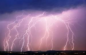 Blitz Illu Bilder : blitz und berspannungsschutz sicher durchs gewitter ~ Lizthompson.info Haus und Dekorationen