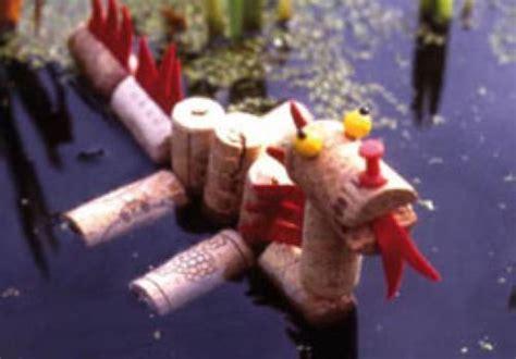 basteln mit kindern kostenlose bastelvorlage basteln rund ums wasser seedrache