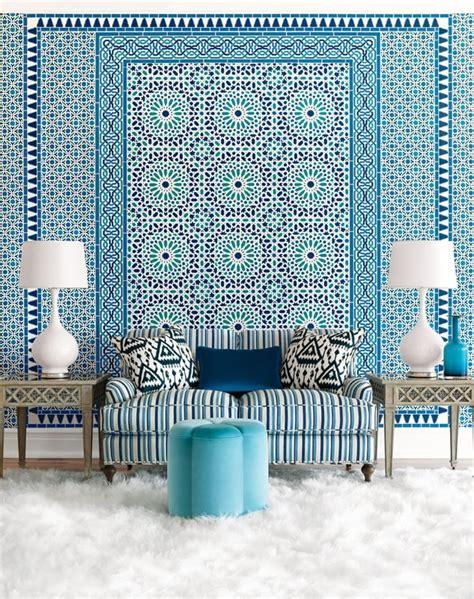 idees deco pour votre salon marocain le bleu  lhonneur