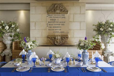 Royal Blue, Gold + White Grecian-inspired Wedding Ideas