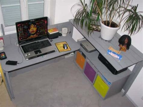 cache bureau bureau caché en palettes recyclées pallet desk
