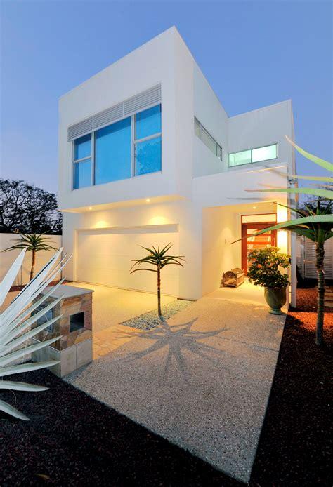 small lot house plan idea modern sustainable home homesfeed