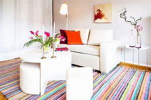 Teppich Unter Sofa : teppich esstisch sch n gro z gig teppich f r k chentisch fotos ideen f r die k che ~ Frokenaadalensverden.com Haus und Dekorationen