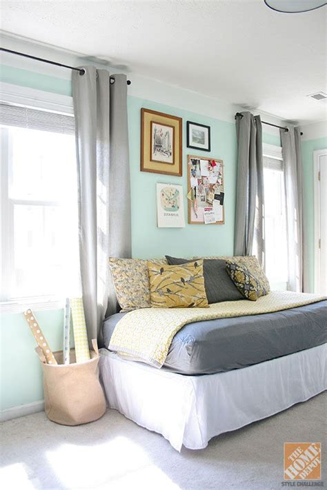 Turn Bed Into Sofa by We The Way Carrie From Green Diy Turned A