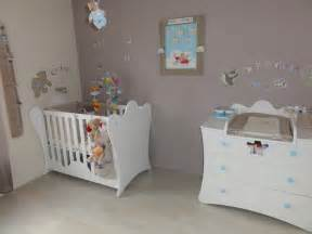 Chambre Blanc Et Taupe by Chambre Bebe Taupe Et Rouge Chaios Com