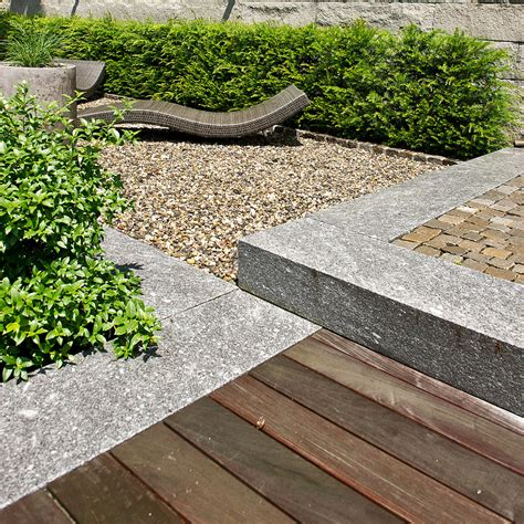 Ticino Gneiss In Harmony With Gravel, Wood And Cobblestone