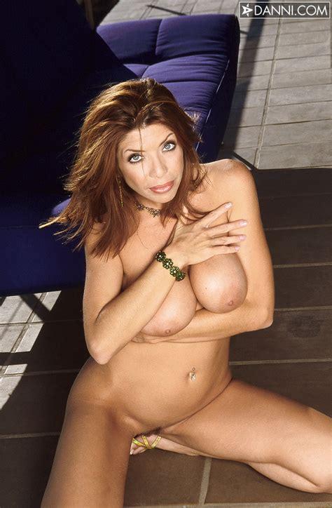 Kelly Kole Gallery > Sexy Beauties