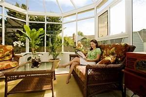Salon De Veranda : salon veranda ou profiter de l 39 ext rieur en tant l 39 int rieur veranda ~ Teatrodelosmanantiales.com Idées de Décoration