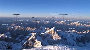 Österreich - Felssturz 130 Menschen von Außenwelt