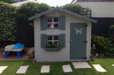 10 Awesome playhouses that your children will love