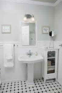 bungalow bathroom ideas 1000 ideas about bungalow bathroom on bathroom bathroom and soothing colors