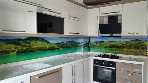 Kuchenruckwand Aus Esg Glas Mit Eigenem Motiv