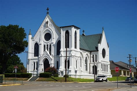Sacred Heart Catholic Church And School