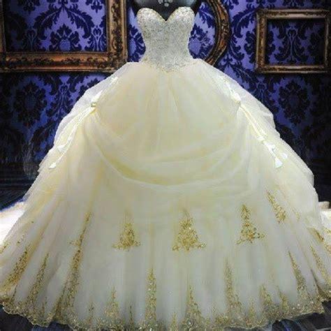 24 vestidos de novia inspirados en las princesas Disney