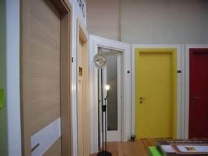 Lavorlegno srl produzione porte interne for Porte interne colorate
