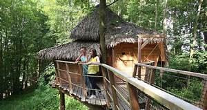 cabane romantique familiale dans les arbres nuit insolite With camping baie de somme piscine couverte 13 cabane dans les arbres 5 pers avec piscine en baie de somme