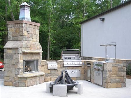 outdoor kitchen designs houston the right time of year to build outdoor kitchen 3848