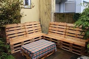 Sitzecke Aus Paletten : sitzecke aus europaletten f r sommerliche tage sommer diy paletten sitzecke ~ Watch28wear.com Haus und Dekorationen