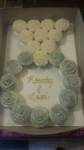 engagement ring cupcakeswedding shower cakes With wedding ring cupcakes