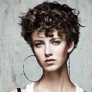 Coupe Courte Bouclée : coupe courte boucl e de maniatis coiffures ~ Farleysfitness.com Idées de Décoration