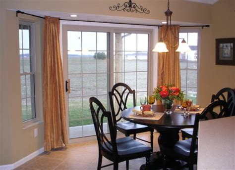 30 Modern Curtains to Adorn Your Sliding Glass Doors in Style
