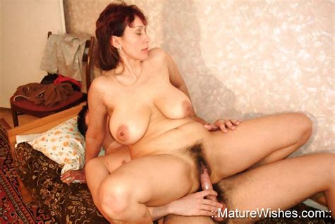 Amalia Russian Mature Mother Fetish Porn Pic