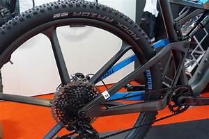 Eurobike 2017: The World's Lightest Hardtail Frame ...