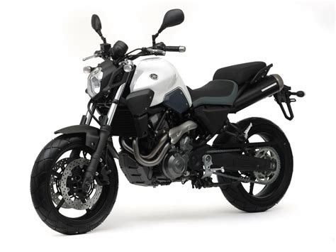 yamaha mt motorcycle pictures specifications