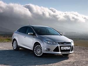 Ford Focus 3 : focus sedan 3rd generation focus ford base de ~ Nature-et-papiers.com Idées de Décoration