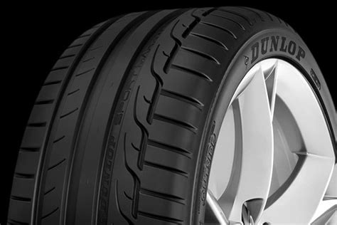 dunlop sport maxx rt dunlop 174 sp sport maxx rt tires summer performance tire