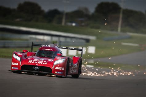nissan nismo race car nissan finalizes specs for gt r lm nismo ahead of 2015 le