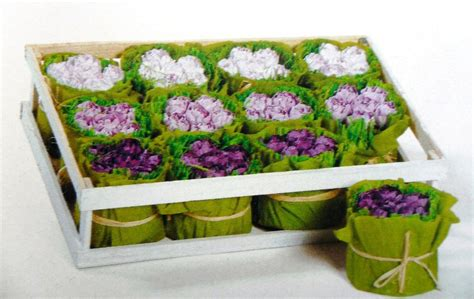 plateau fleurs papier cr 233 pon mauve photo de le printemps