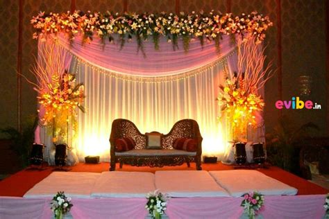 Decorating Ideas For Engagement by 12 Budgeted And Adorable Engagement Stage Decorations In
