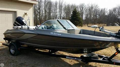 Triton Boats Linkedin by 2011 Used Triton 19 Bass Boat For Sale 28 900
