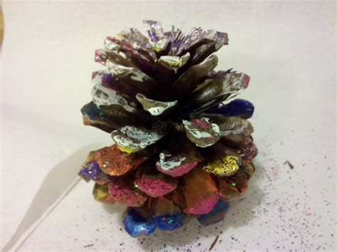 pinecone craft be brave keep going painted pine cones