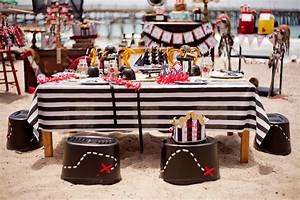 Pirate party on the beach! - LAURA'S little PARTY