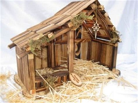 homemade creche  small nativity   inches wide