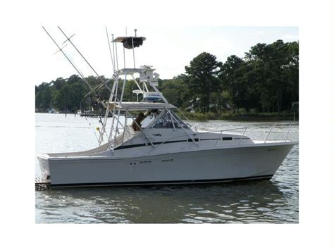 Salty Dog Boat Name by Uniflite 28 Salty Dog In Virginia Power Boats Used 50485