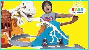THOMAS & FRIENDS Take N Play Roaring Dino Run Toy Trains ...
