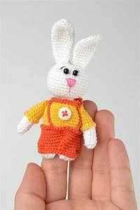Marionnette à Main : madeheart marionnette doigt tricot jouet fait main lapin fils coton crochet cadeau enfant ~ Teatrodelosmanantiales.com Idées de Décoration