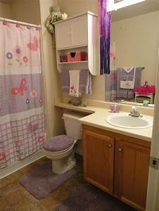 cute girls bathroom girls bathroom pinterest With bathroom girls pic