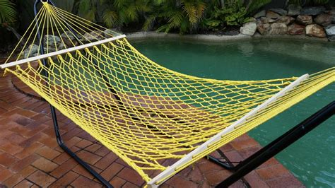How To Make A Paracord Hammock by 12 Paracord Hammock Designs Inhabit Zone